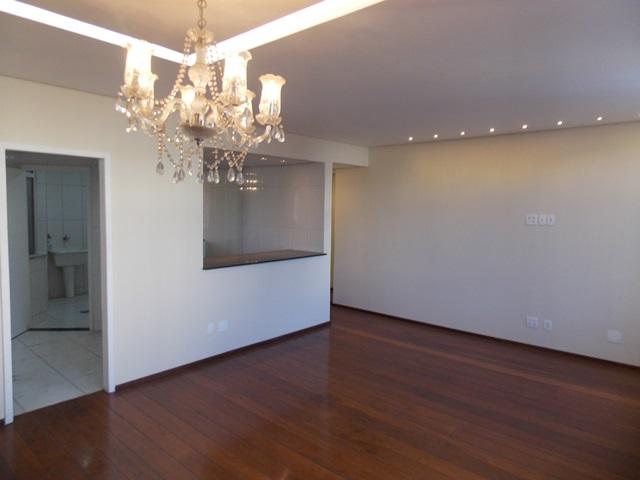Apartamento de 132,75m²,  à venda