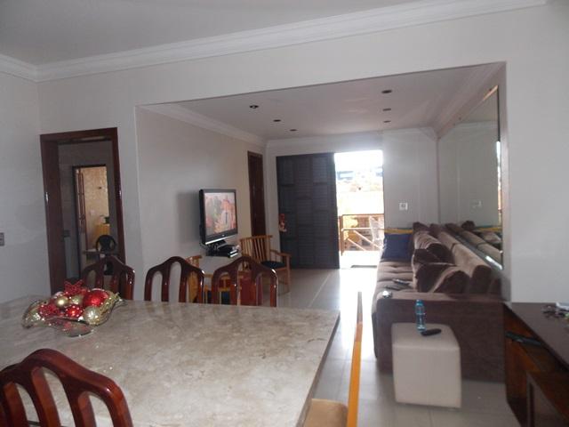 Casa de 254,11m²,  à venda