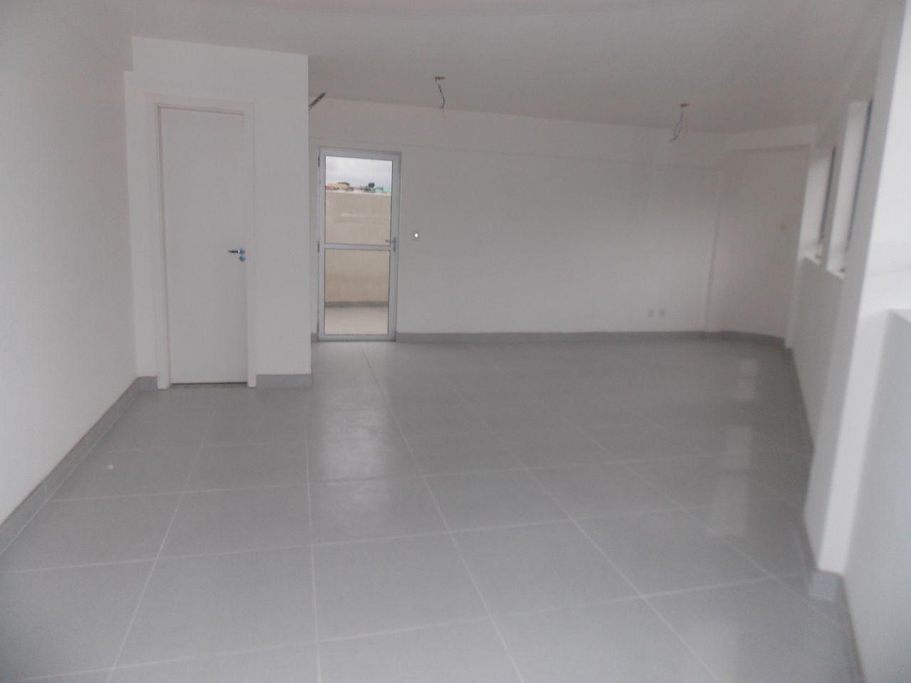 Sala de 75,42m²,  à venda