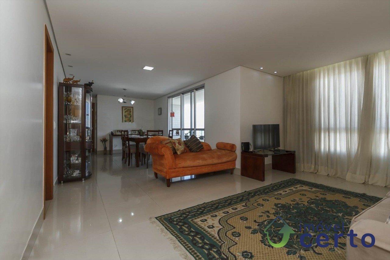 Apartamento de 163,00m²,  à venda
