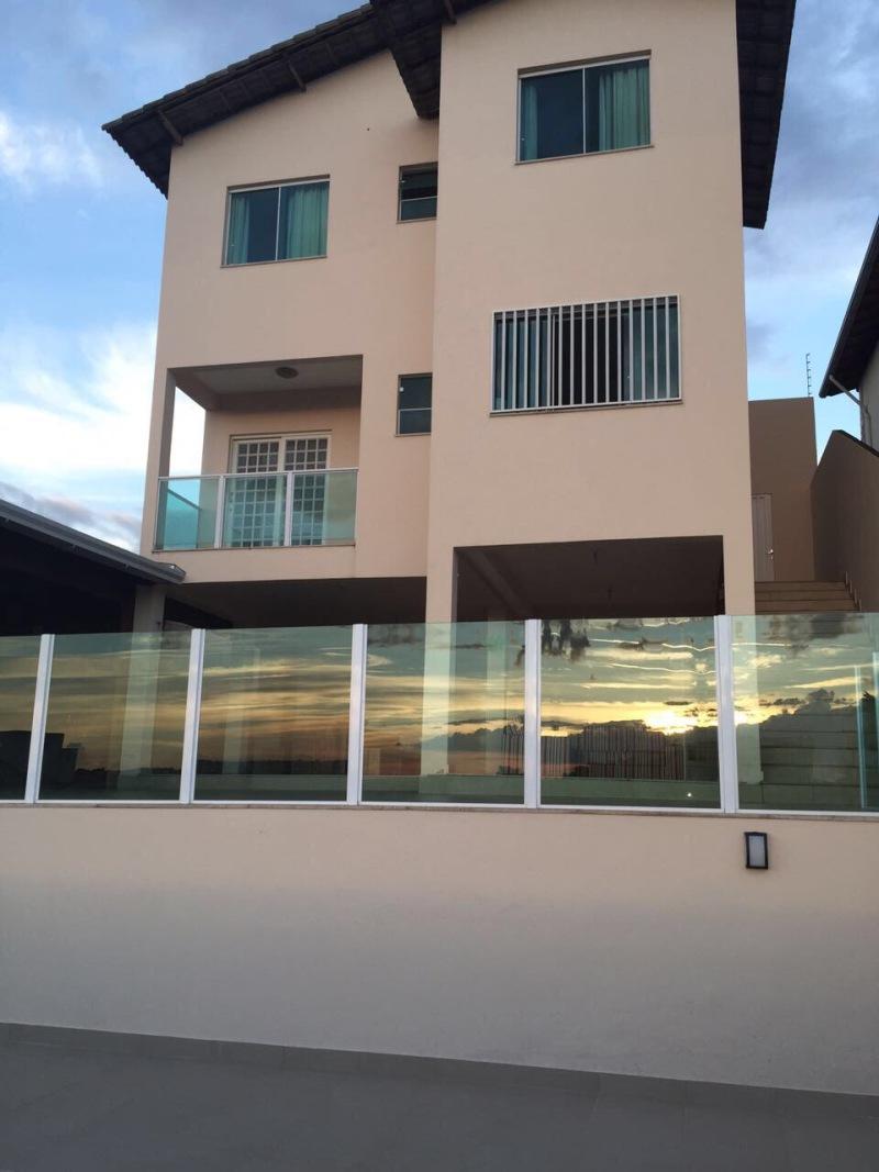 Casa Duplex de 360,00m²,  à venda