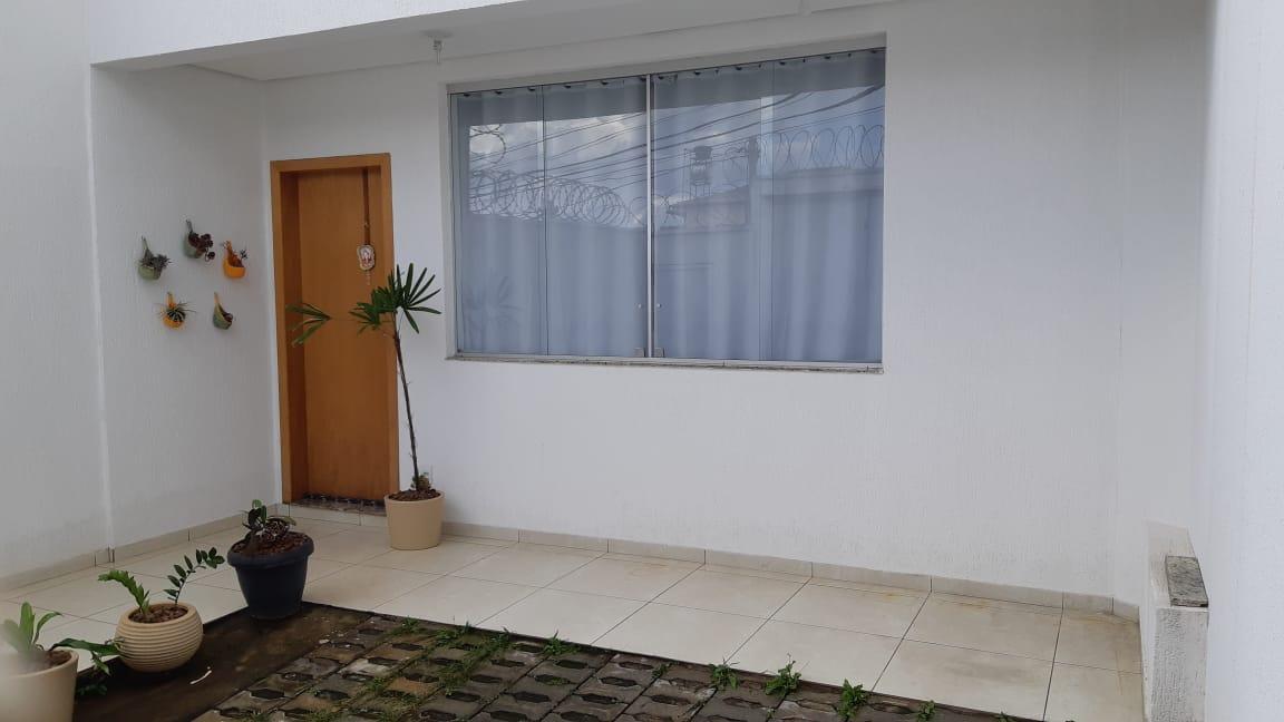 Casa geminada de 70,14m²,  à venda
