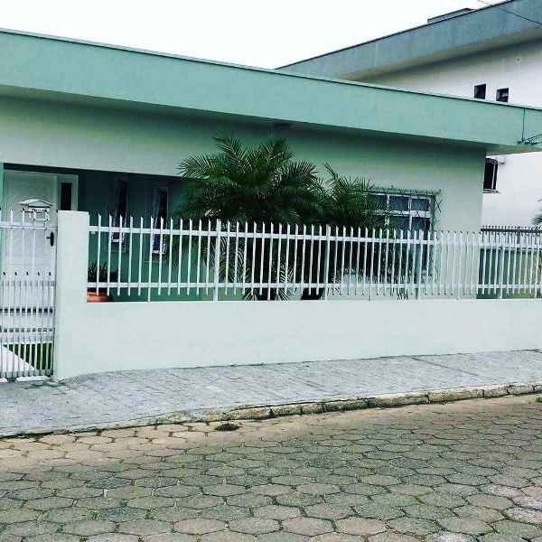 Casa de 153,00m²,  à venda