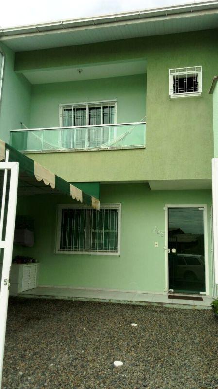 Casa de 113,00m²,  à venda