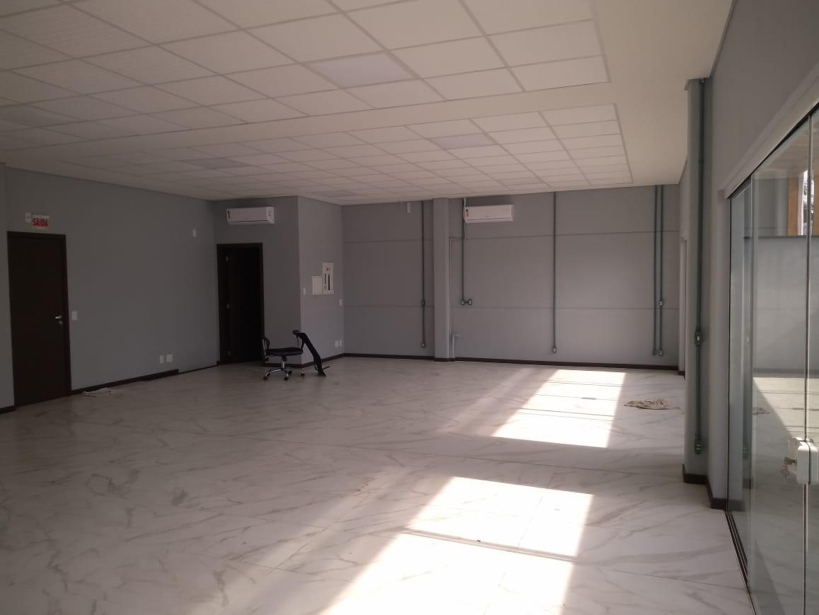 Sala de 110,00m²,  para alugar