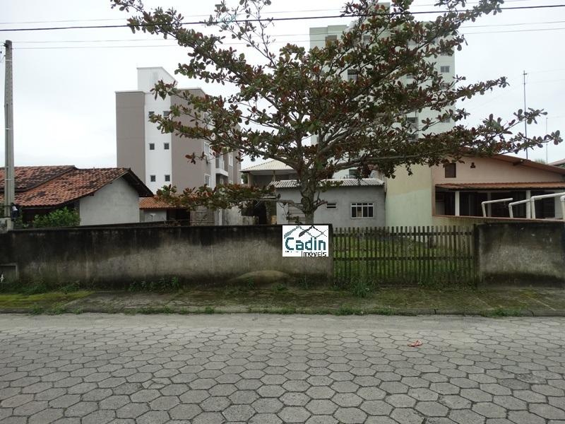 Terreno / Área de 325,00m²,  à venda