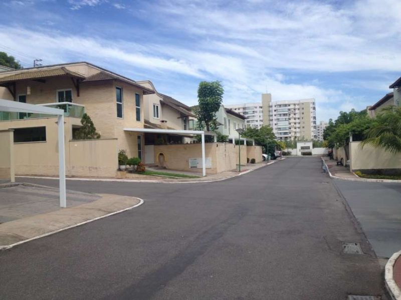 Casa em condomínio de 200,00m²,  para alugar