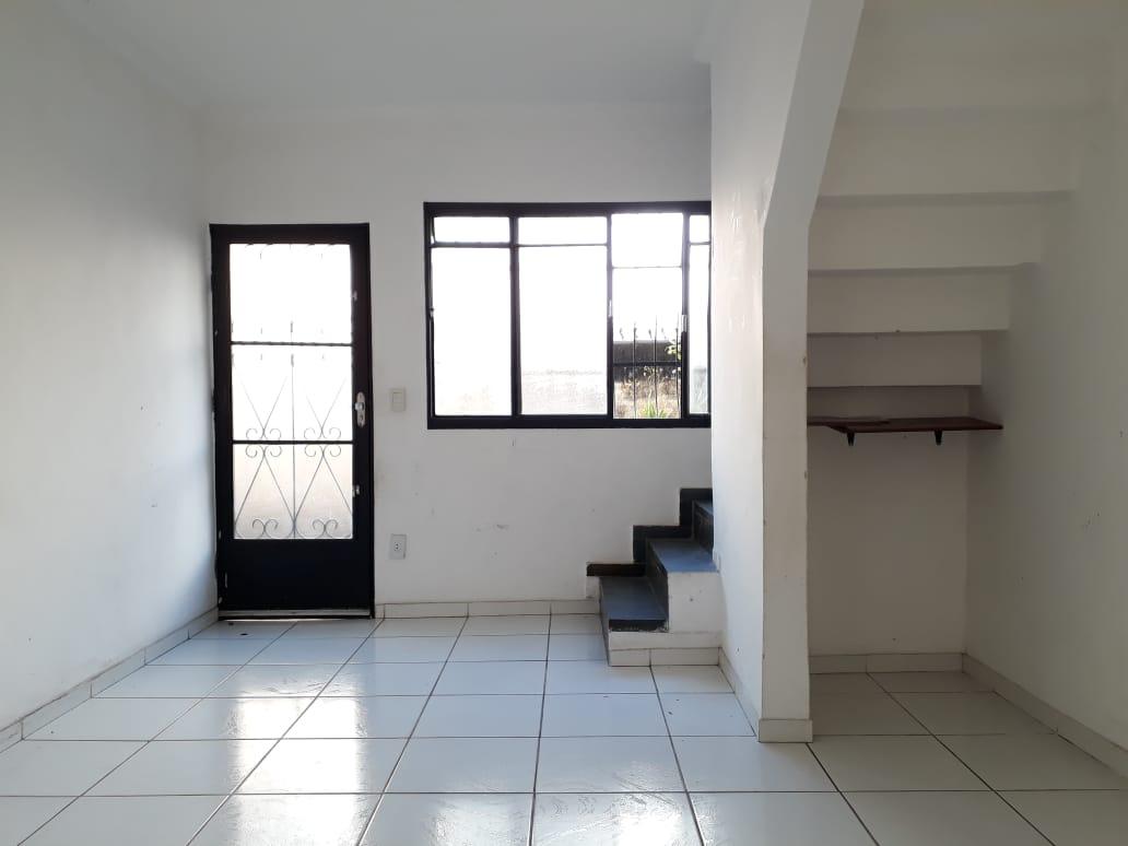 Casa geminada de 64,61m²,  à venda