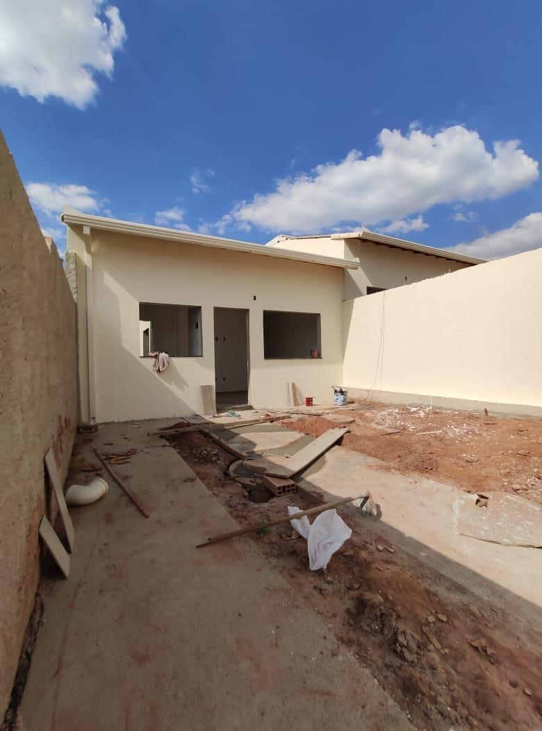 Casa geminada de 54,51m²,  à venda