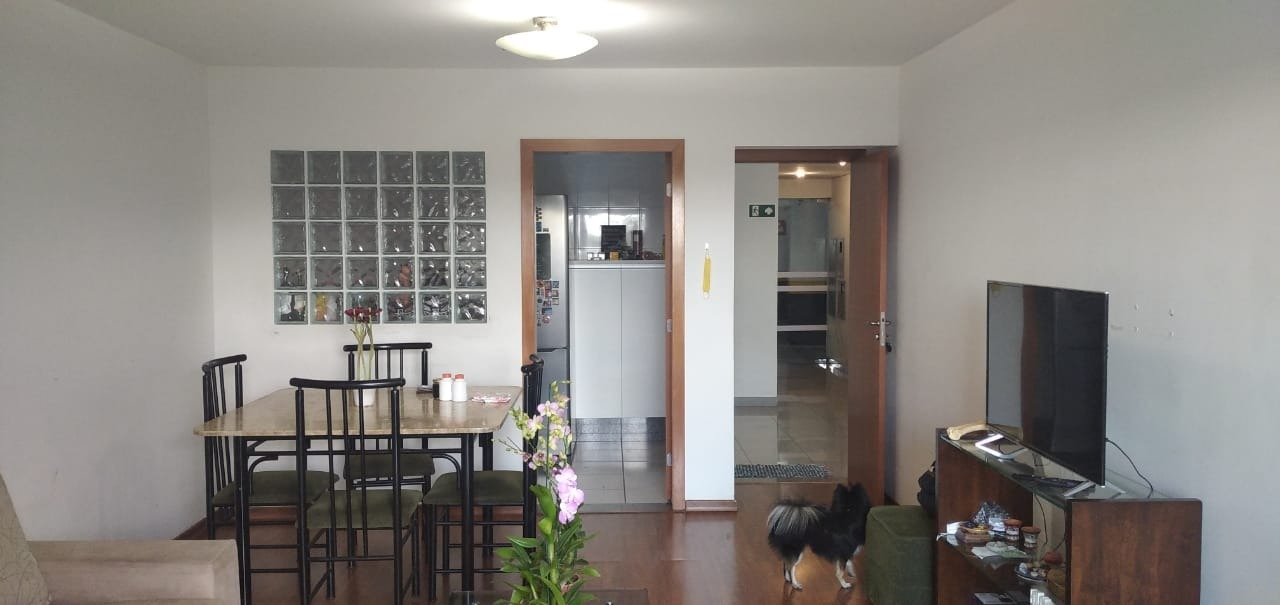 Apartamento de 2.018,37m²,  à venda