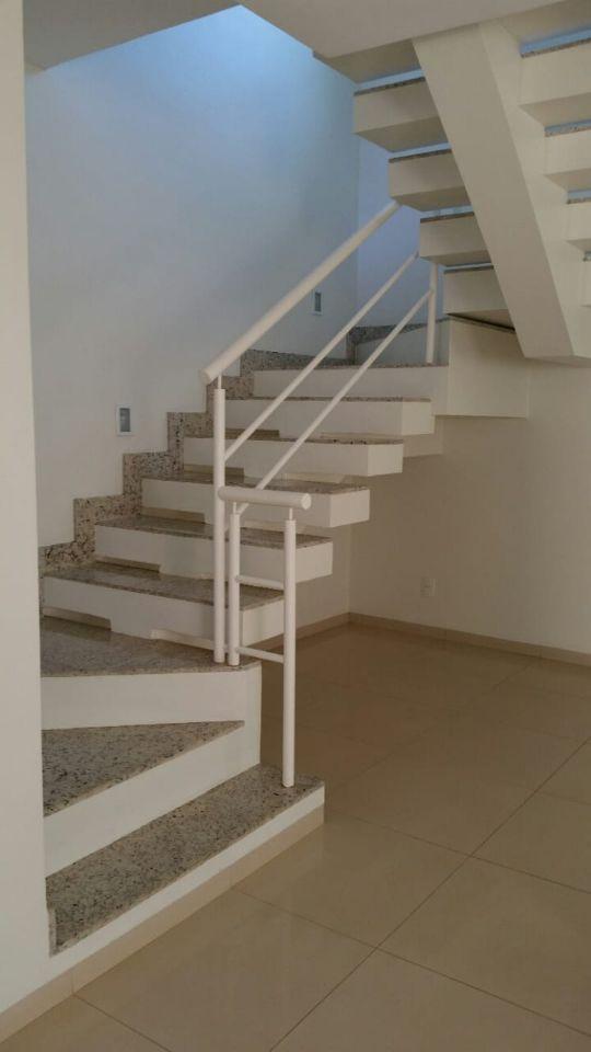 Casa em condomínio de 226,00m²,  à venda