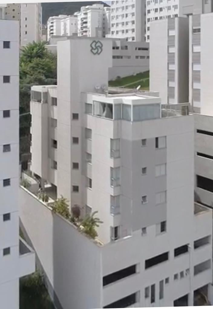 Apartamento de 101,60m²,  à venda
