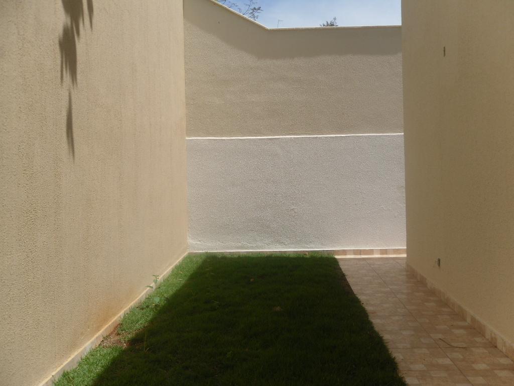 Casa geminada de 111,00m²,  à venda