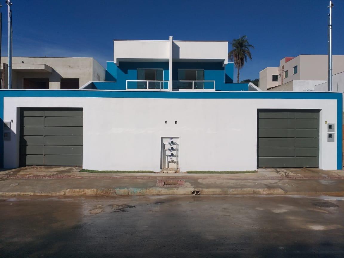 Casa geminada de 117,00m²,  à venda