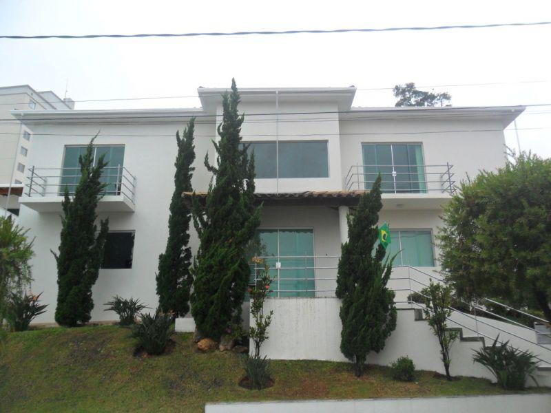 Casa em condomínio de 390,00m²,  para alugar