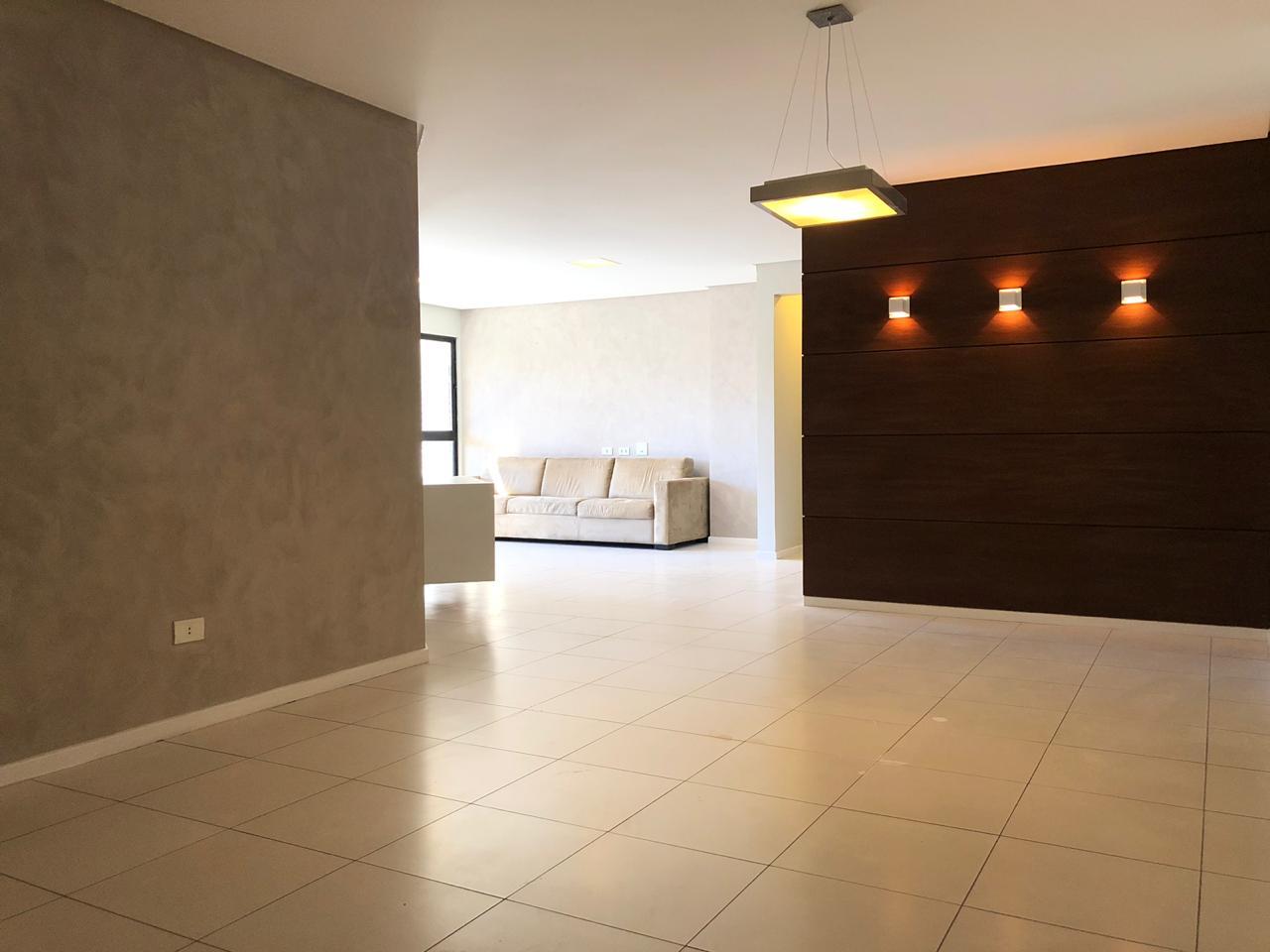 Apartamento de 164,28m²,  para alugar