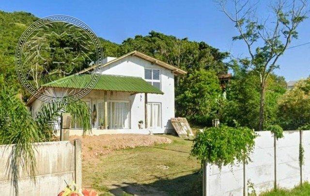 Casa com 3 dormitórios à venda em Florianópolis, no bairro Ribeirão da Ilha