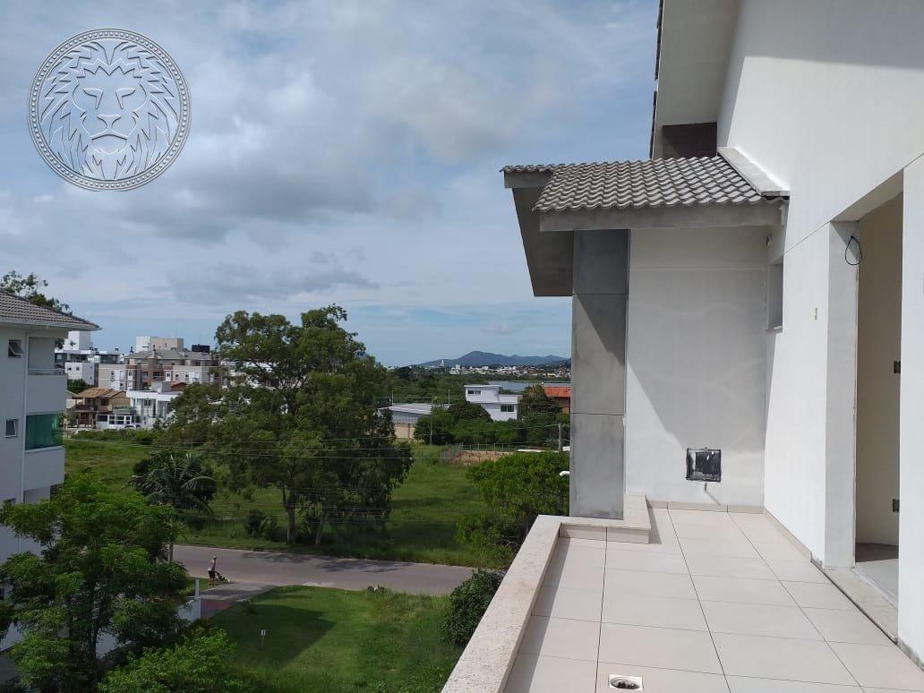Cobertura com 2 dormitórios à venda em Florianópolis, no bairro Rio Tavares