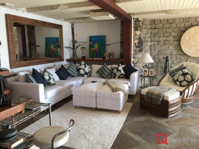 Casa em condomínio com 6 suítes à venda em ILHABELA, no bairro CURRAL
