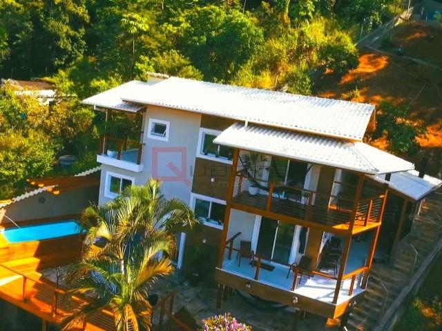 Sobrado com 3 dormitórios (2 suítes) à venda em SÃO SEBASTIÃO, no bairro SÃO FRANCISCO DA PRAIA
