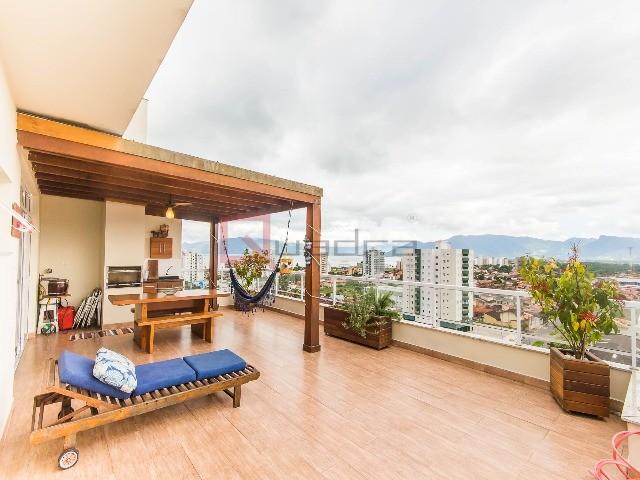 Cobertura com 4 dormitórios (2 suítes) à venda em CARAGUATATUBA, no bairro INDAIÁ