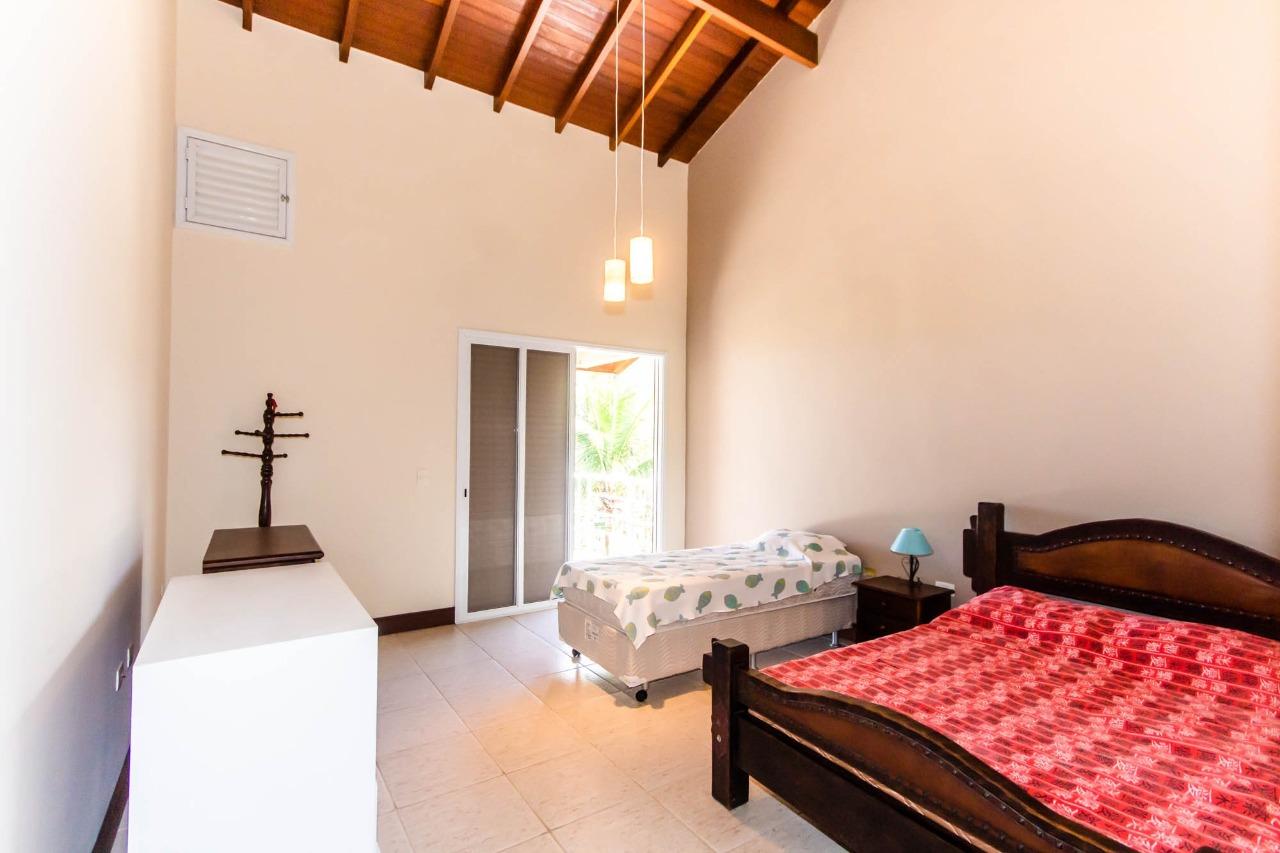 Casa à venda na Praia de Santa Rita, em Ubatuba