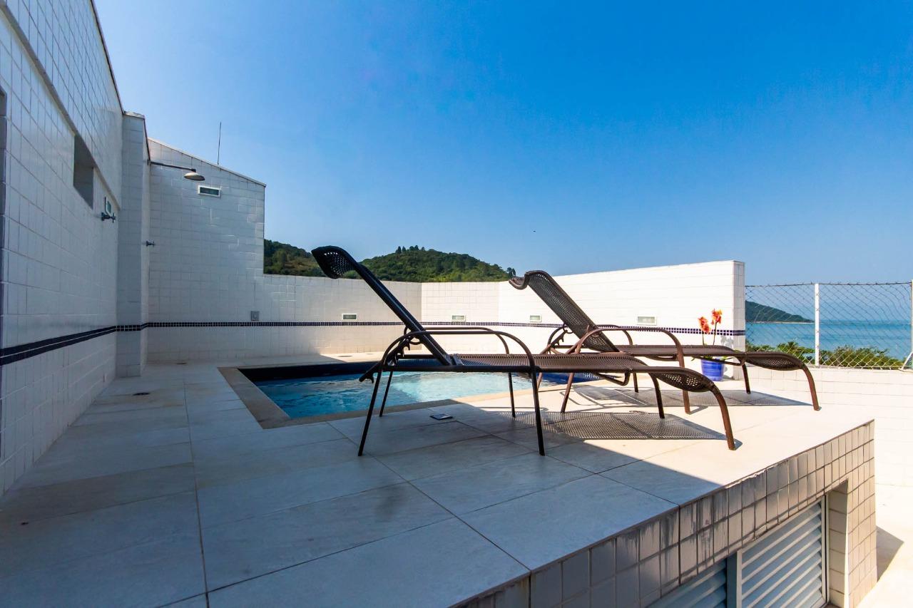 Apartamento Cobertura para Temporada no Ilhas Canárias, no bairro Tabatinga - Caraguatatuba