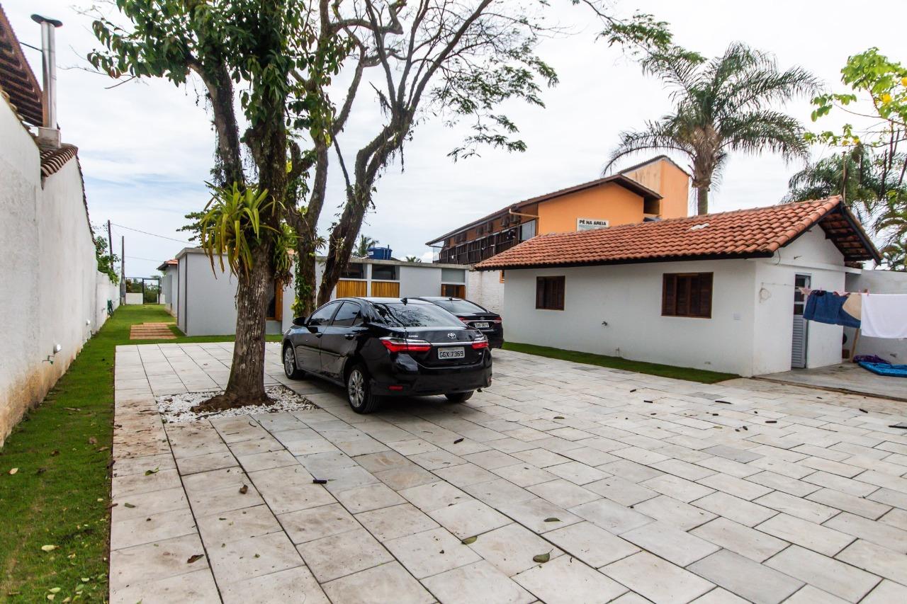 CASA em Caraguatatuba, no bairro Capricórnio