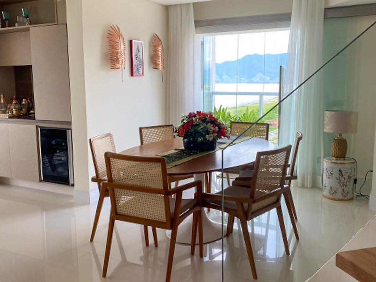 Cobertura com 3 dormitórios (1 suíte) para alugar em CARAGUATATUBA, no bairro INDAIA