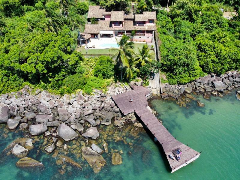 Casa com 5 suítes à venda em Ilhabela, no bairro Ponta das Canas