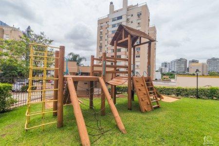 312_playground.jpg