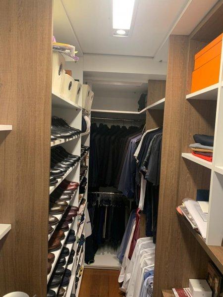 191_closet.jpeg