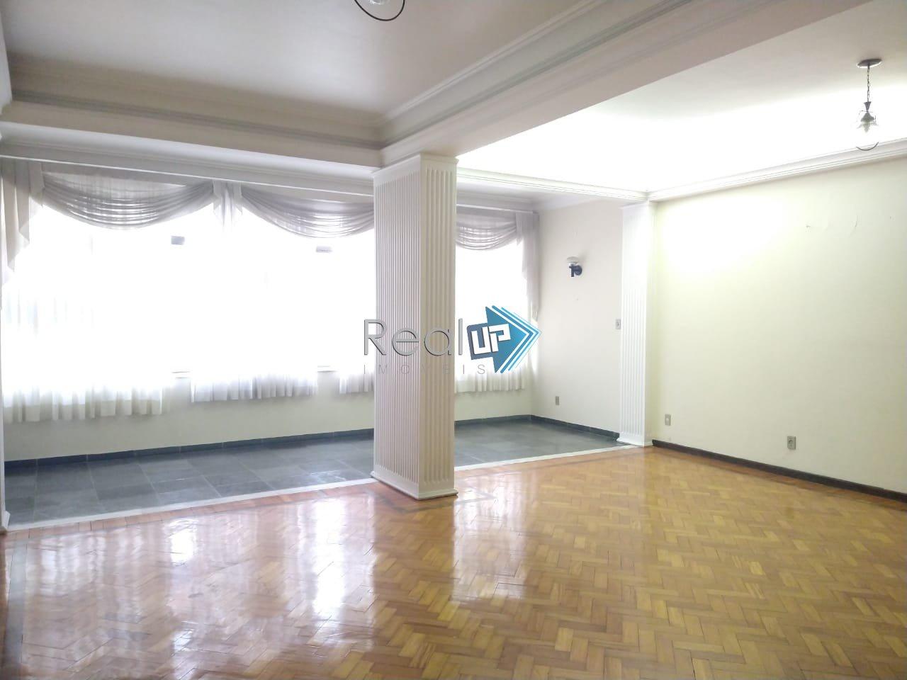 Apartamento de 158,00m²,  à venda