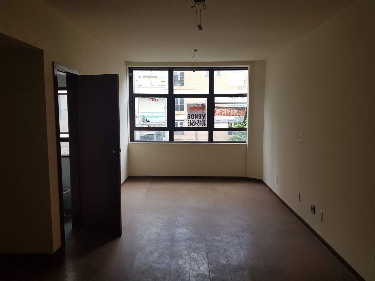 Sala de 42,00m²,  para alugar