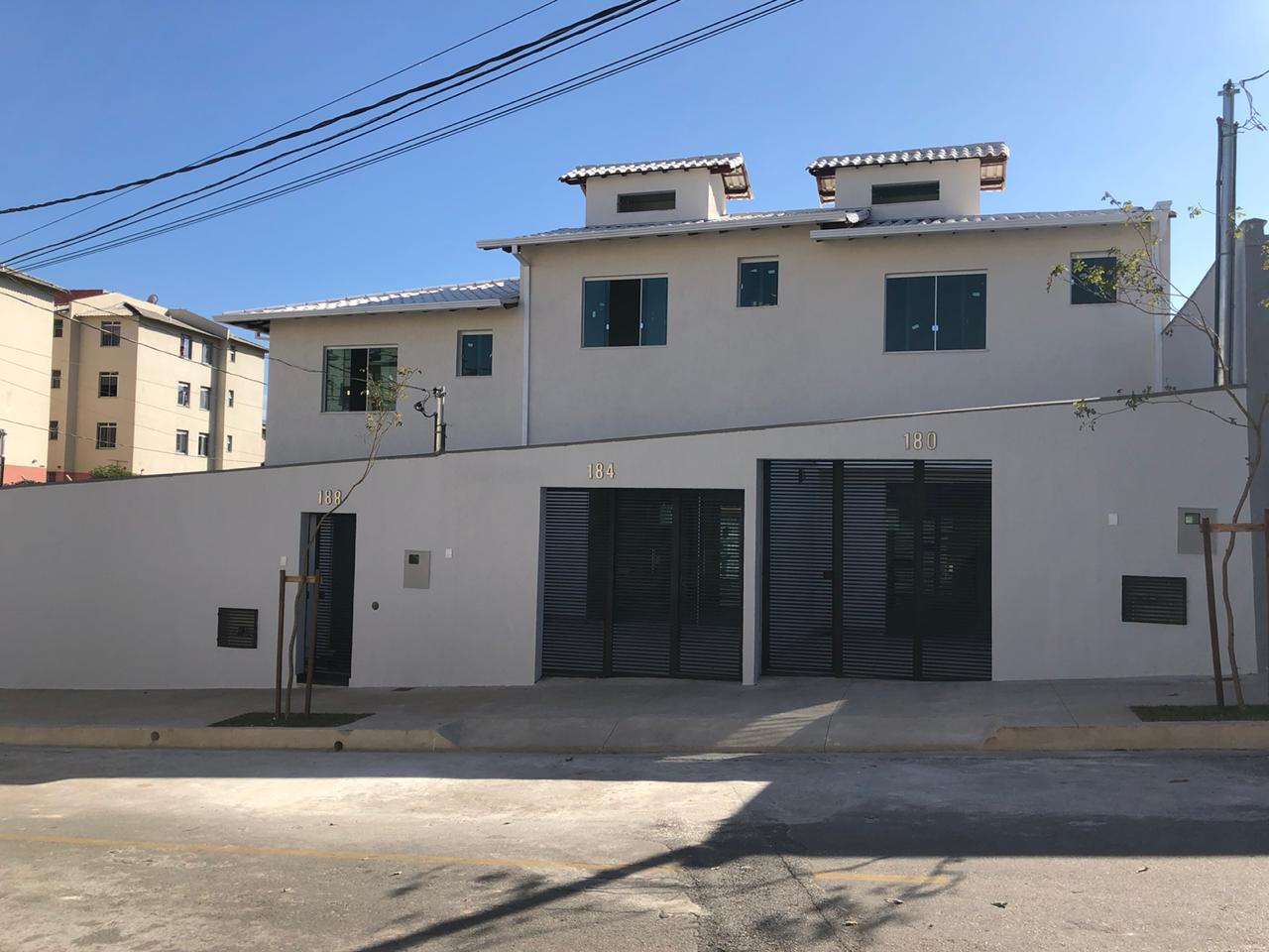 Casa geminada de 90,00m²,  à venda