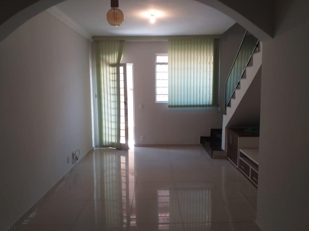 Casa geminada coletiva de 60,00m²,  à venda