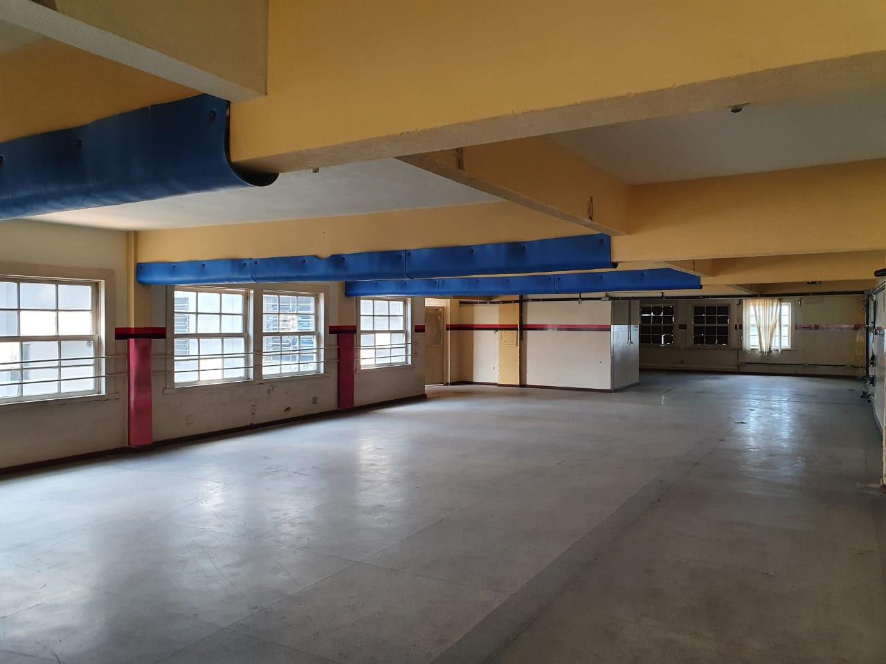 Area Comercial de 710,00m²,  para alugar