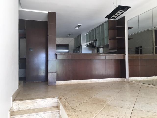 Casa em condomínio de 205,07m²,  à venda