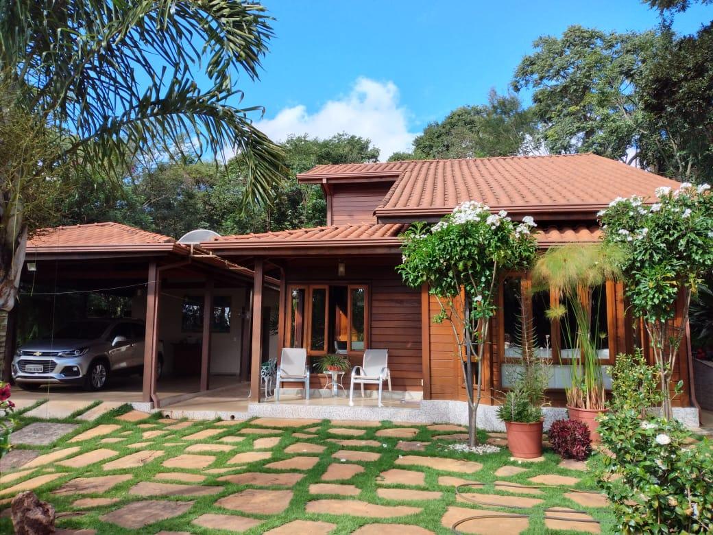 Casa em condomínio de 1.800,00m²,  à venda