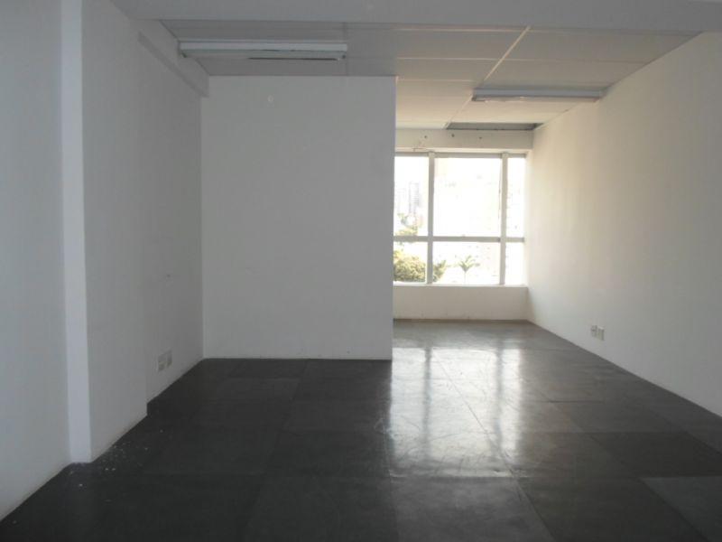 Sala de 24,06m²,  à venda