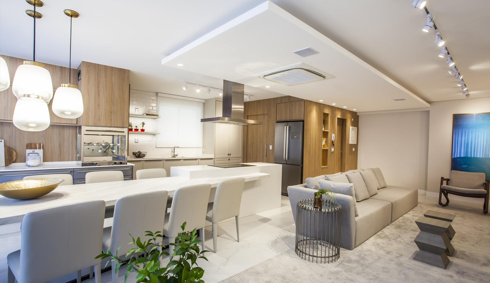 Apartamento Decorado com Quatro Suíte no Ocean Breeze em Balneário Camboriú