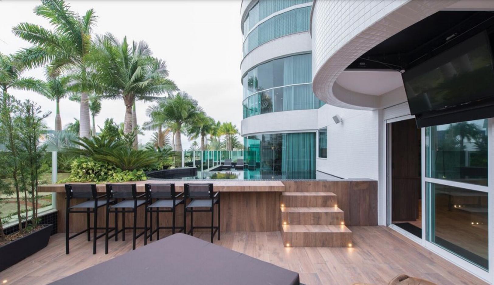 Apartamento Garden Duplex no Brava Beach na Praia Brava