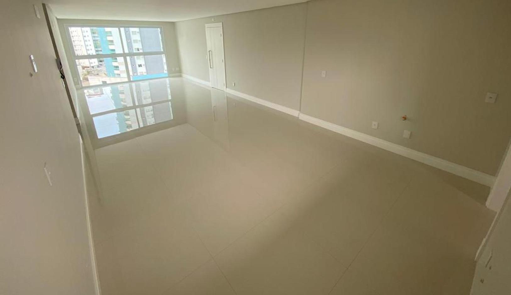 Apartamento no Phoenix Tower em Balneário Camboriú