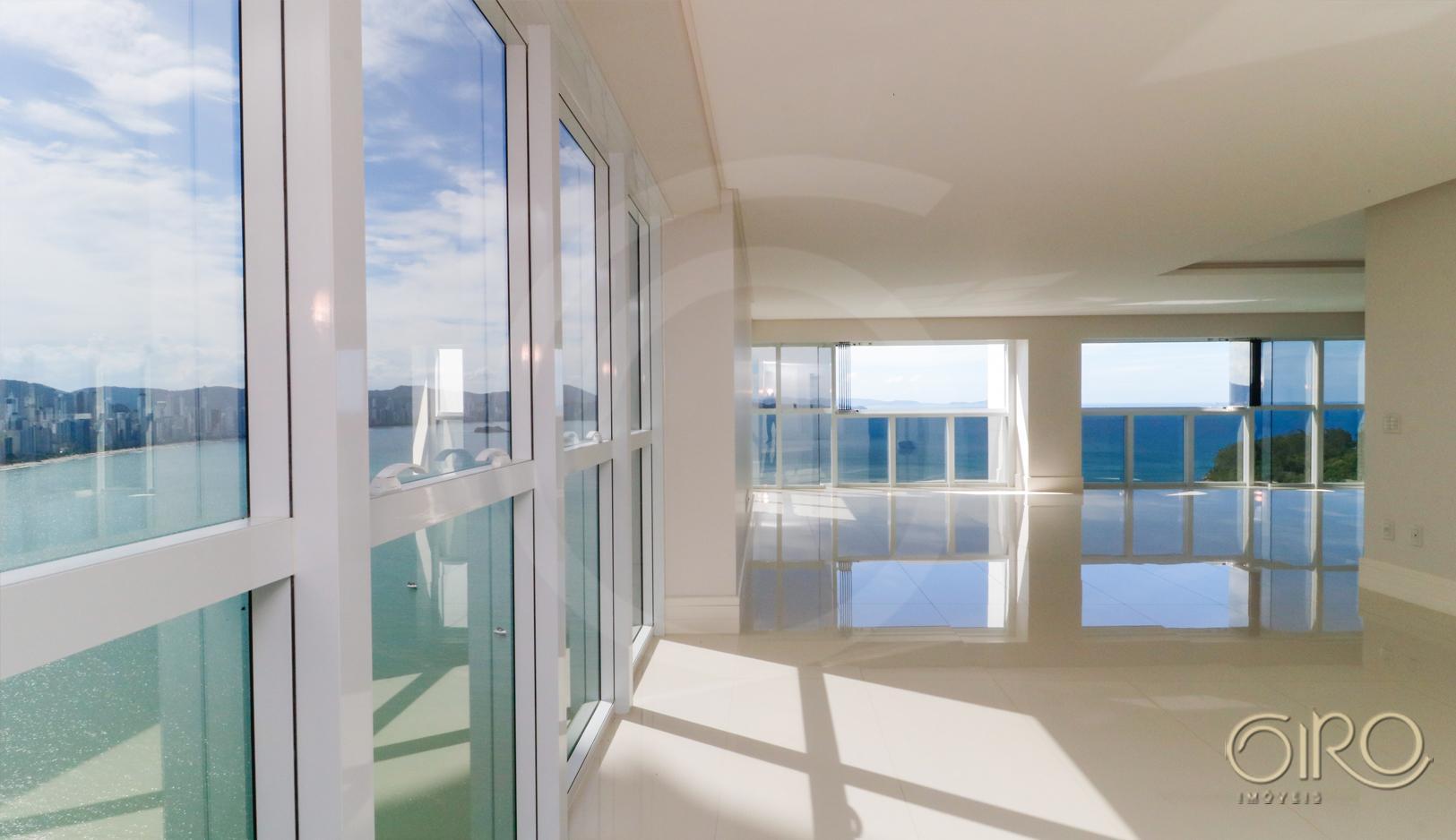 Apartamento Frente Mar no Ibiza Towers em Balneário Camboriú