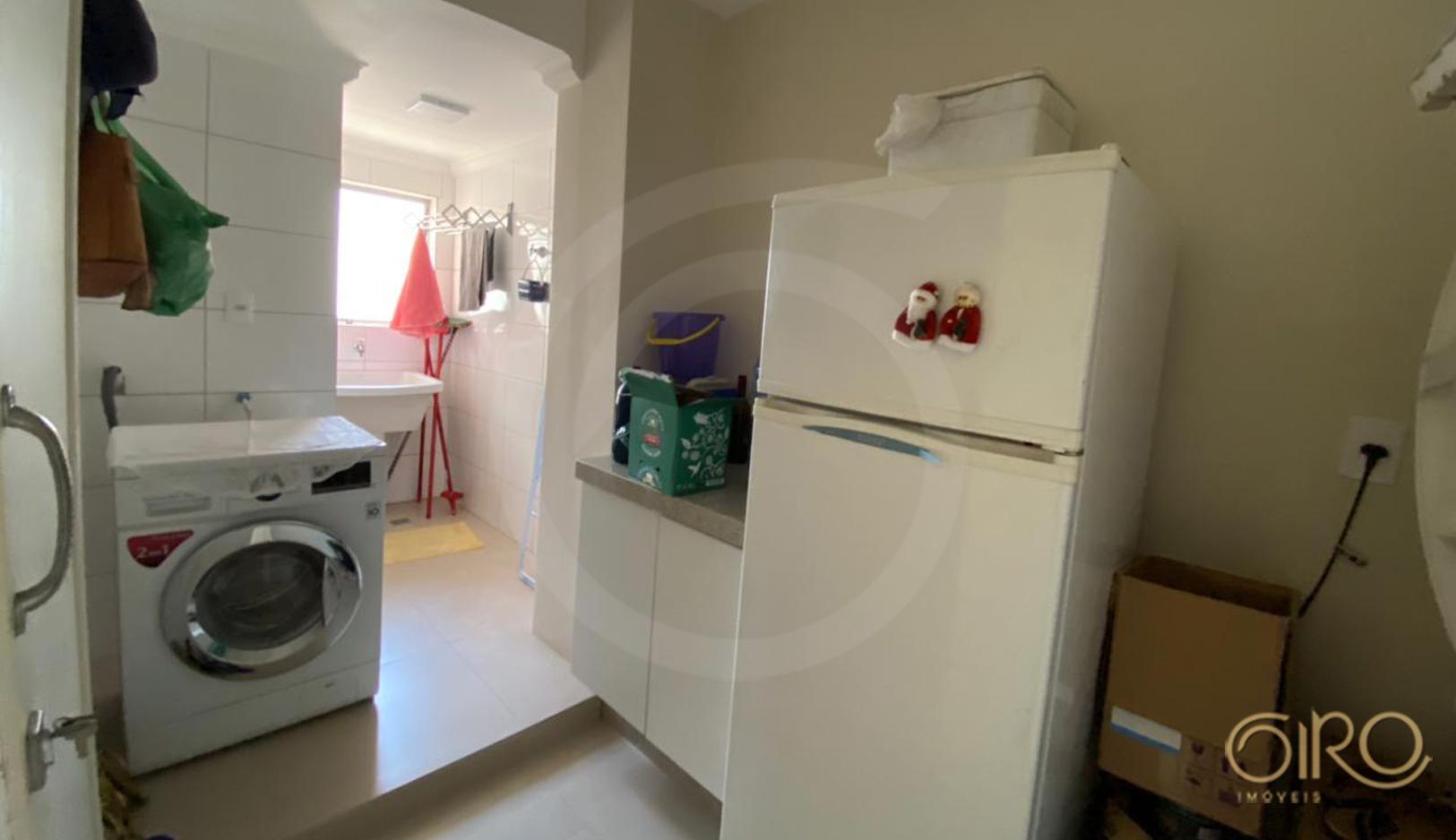 Apartamento Decorado no Edifício Cepar no Centro de Balneário Camboriú
