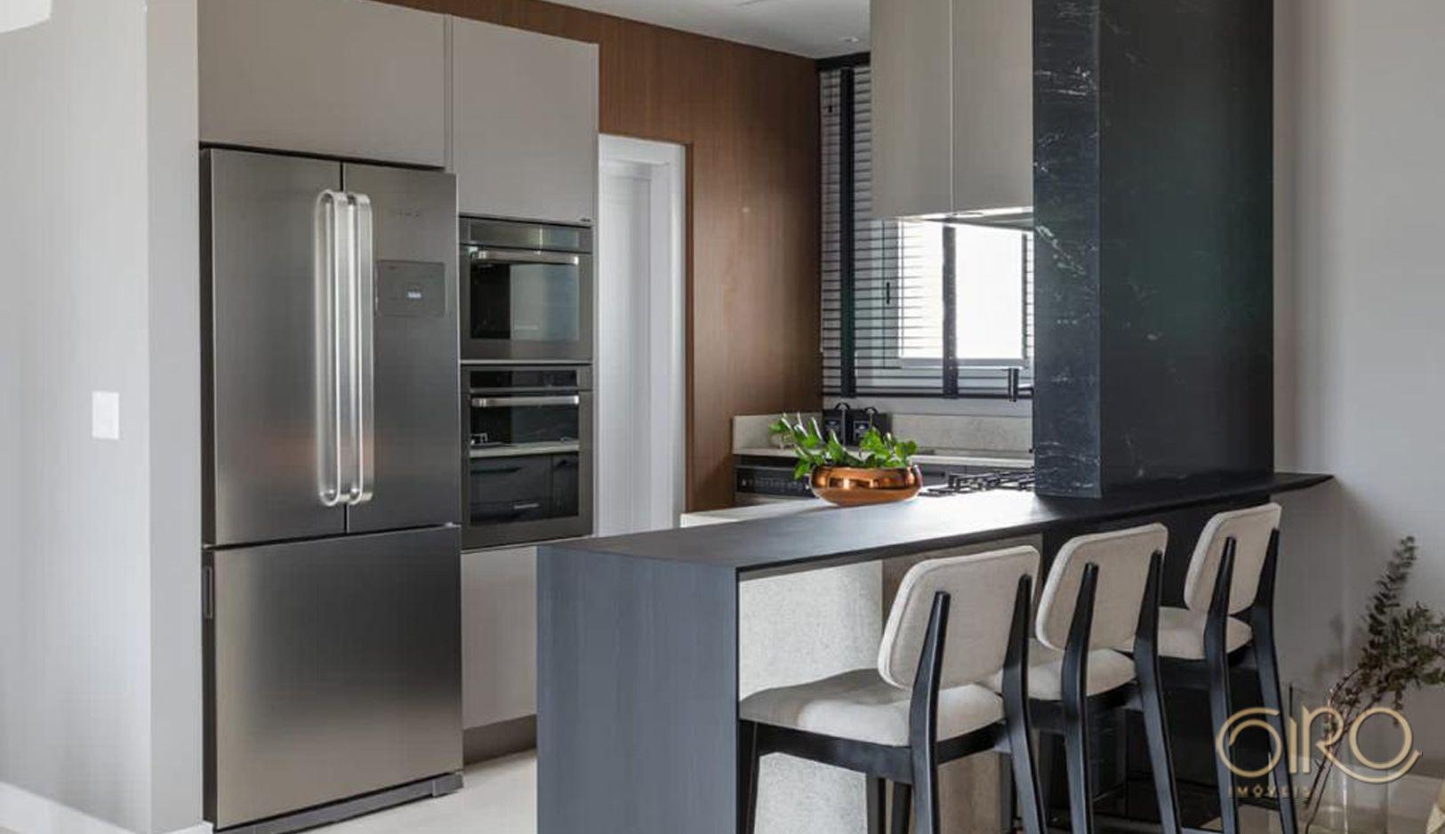 Apartamento Mobiliado, Decorado e Equipado em andar alto no Seredipity em Balneário Camboriú.