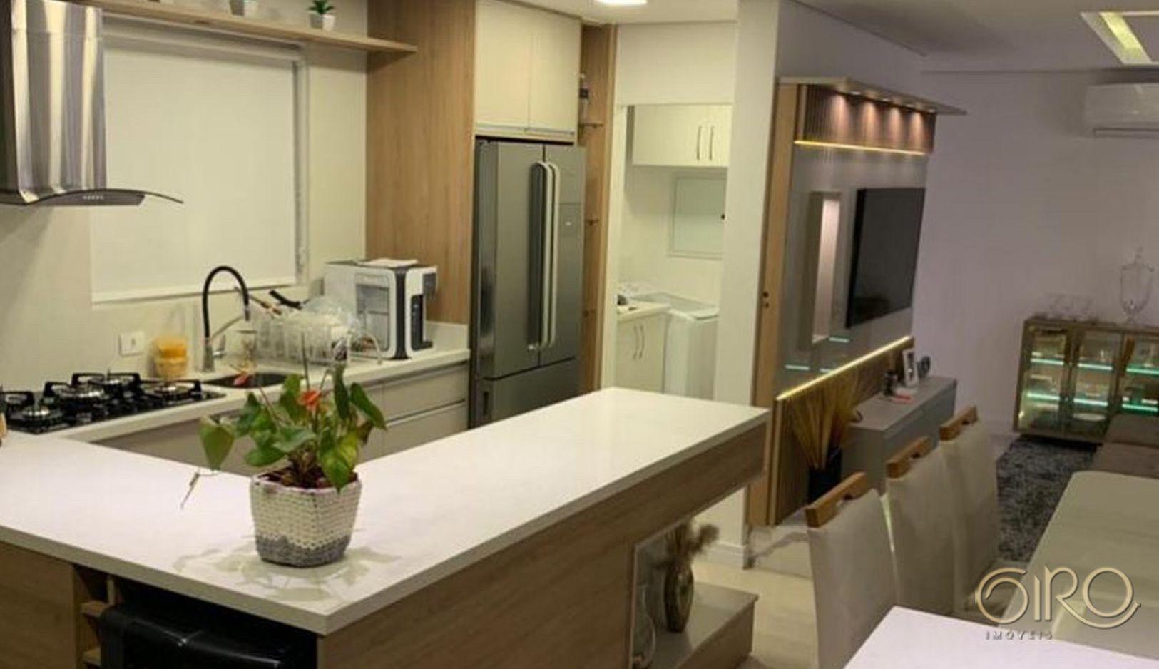 Apartamento Mobiliado no Edifício Diamond em Camboriú