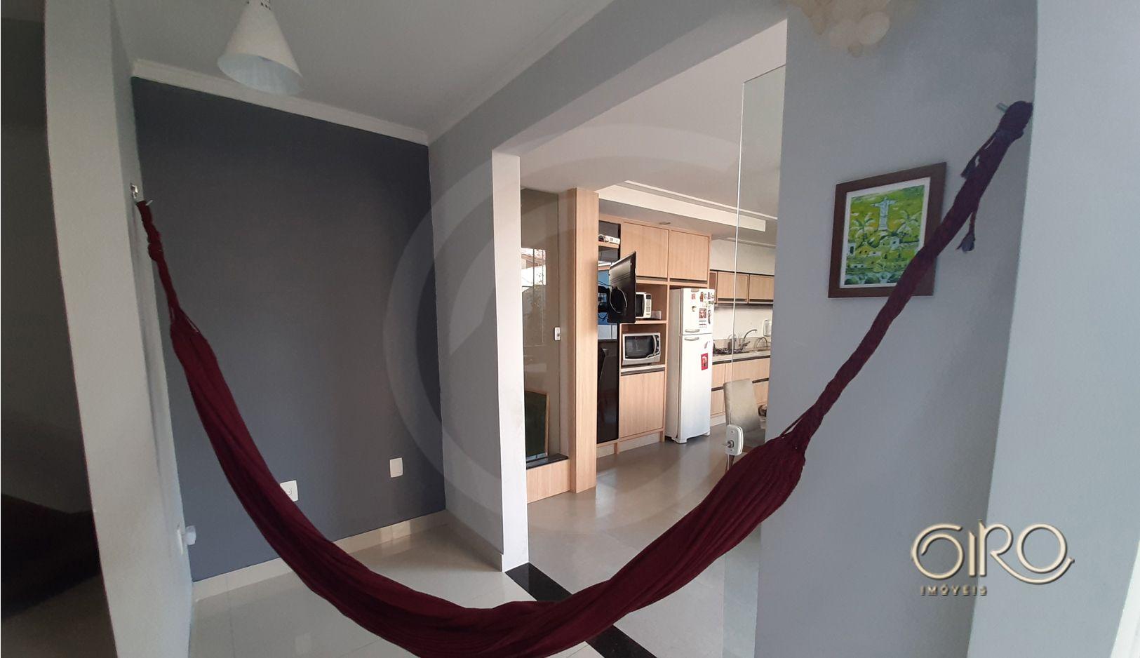 Casa Mobiliada no Centro de Balneário Camboriú