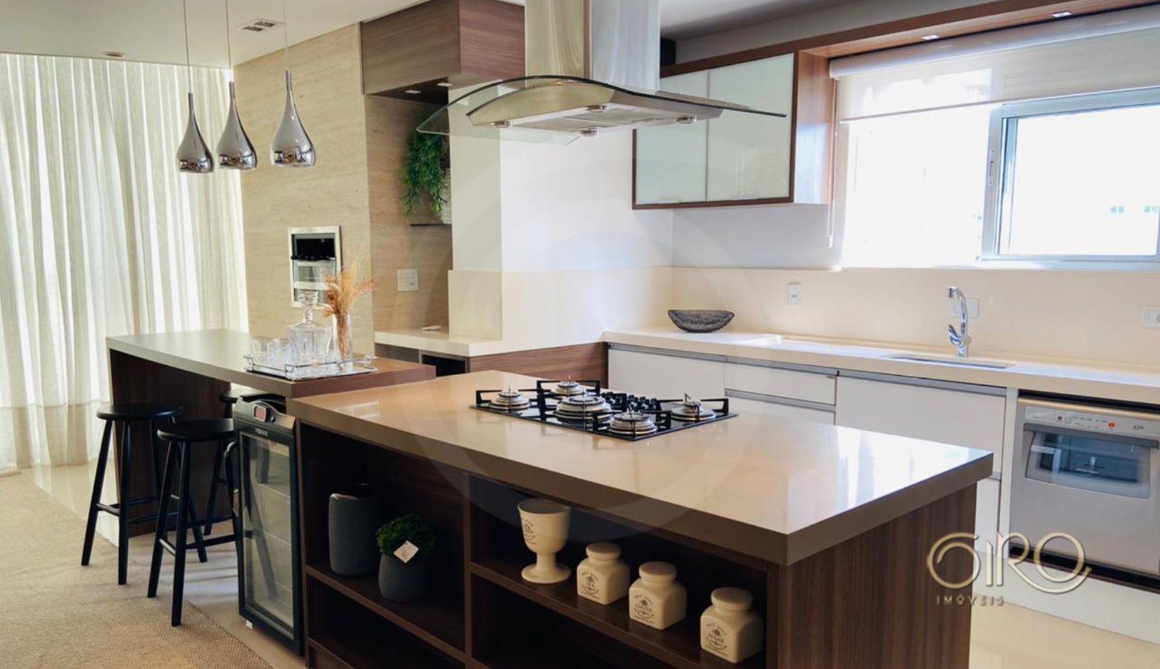 Apartamento Mobiliado, Decorado e Equipado no Edifício Villa Di Mare em Balneário Camboriú