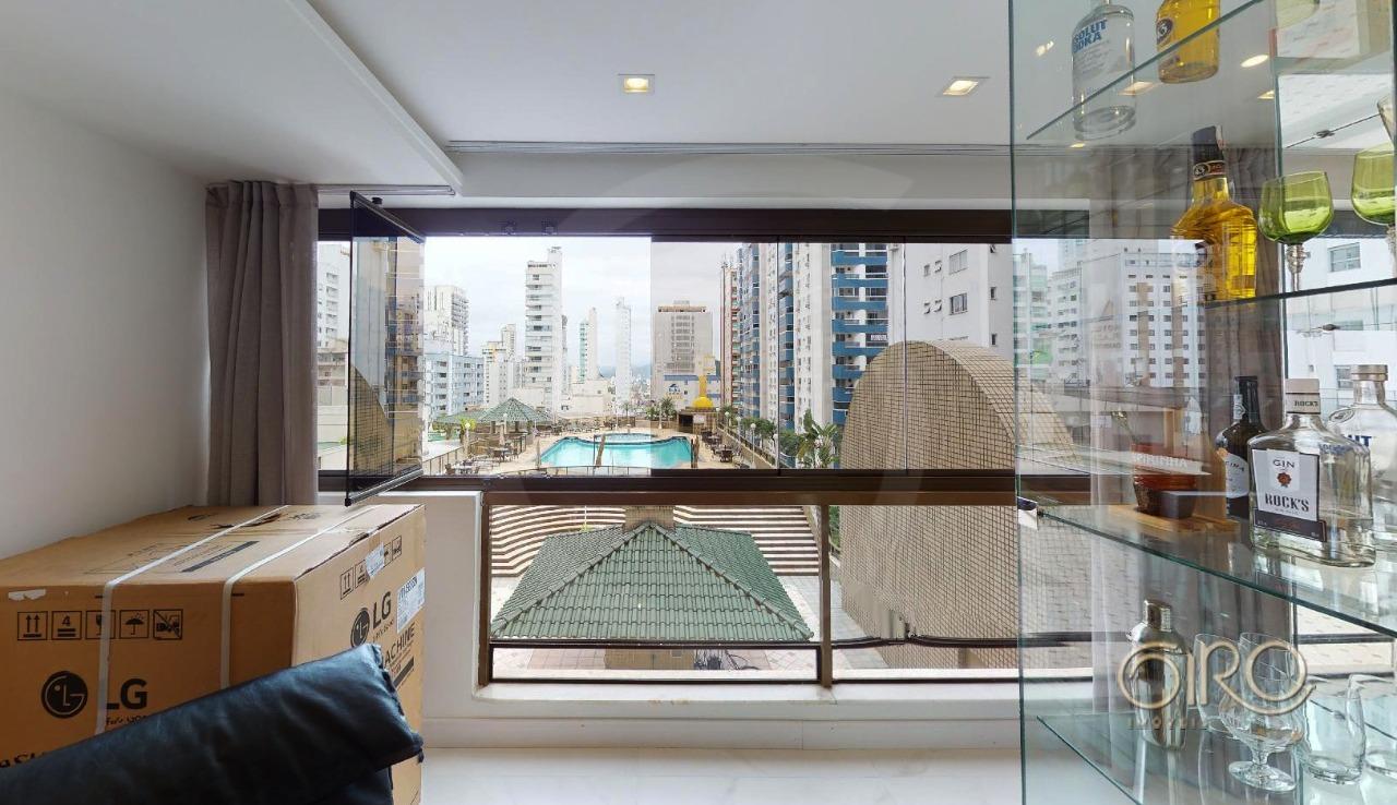 Apartamento Decorado no Atlântico Shopping no Centro de Balneário Camboriú